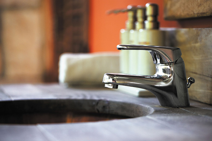 A2B Plumbers are able to fix any leaking taps you may have in Sevenoaks.